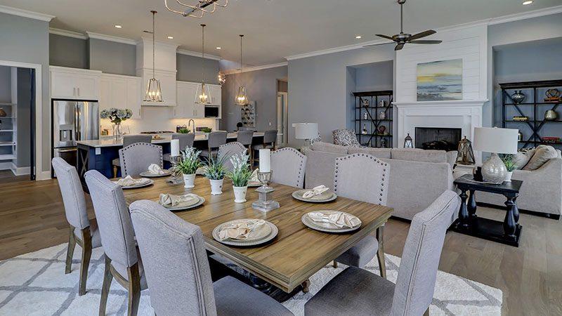 Custom Homes Dining Room